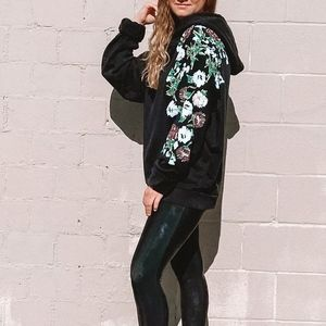 7 for all mankind | Floral Sleeve Circular Hoodie